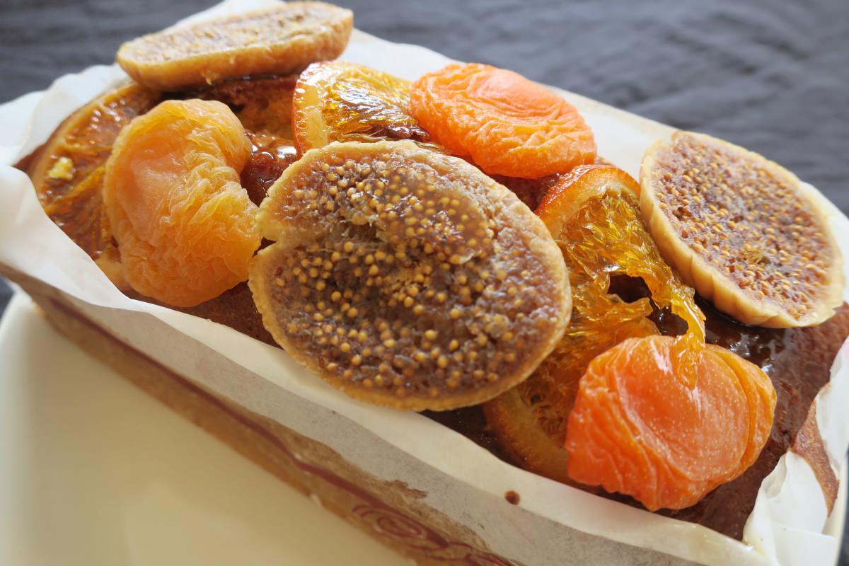 成城石井自家製たっぷりフルーツのパウンドケーキ