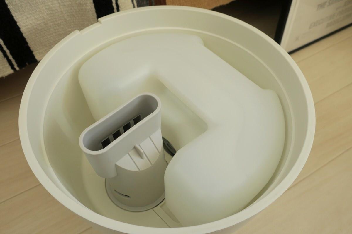 プラスマイナスゼロの加湿器Z210の内部