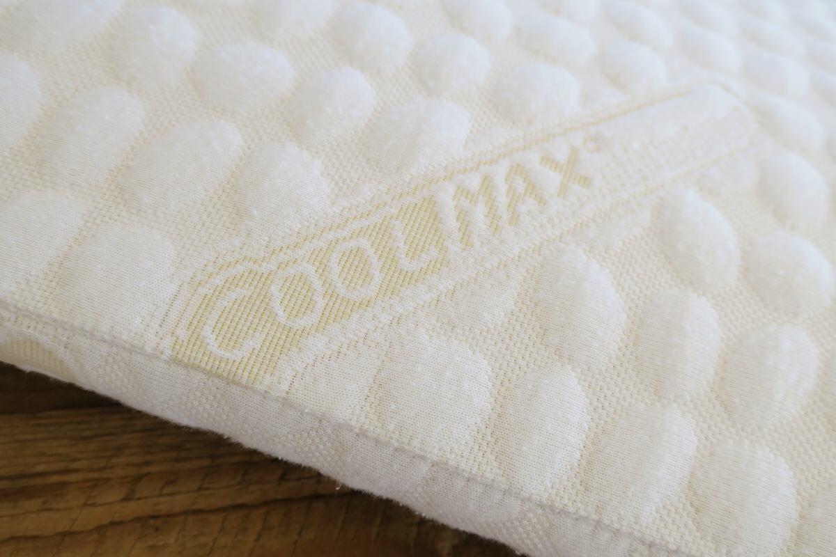 フラットピッコロの枕カバーはクールマックス素材