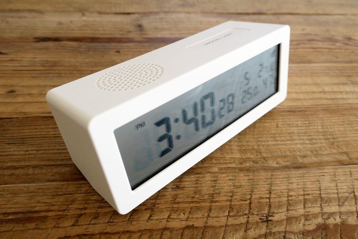 無印良品 デジタル電波時計
