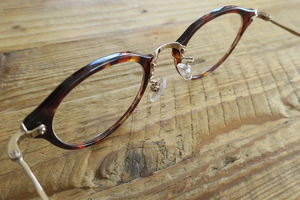 カネコオプティカルのコラボ伊達メガネを通販で購入!