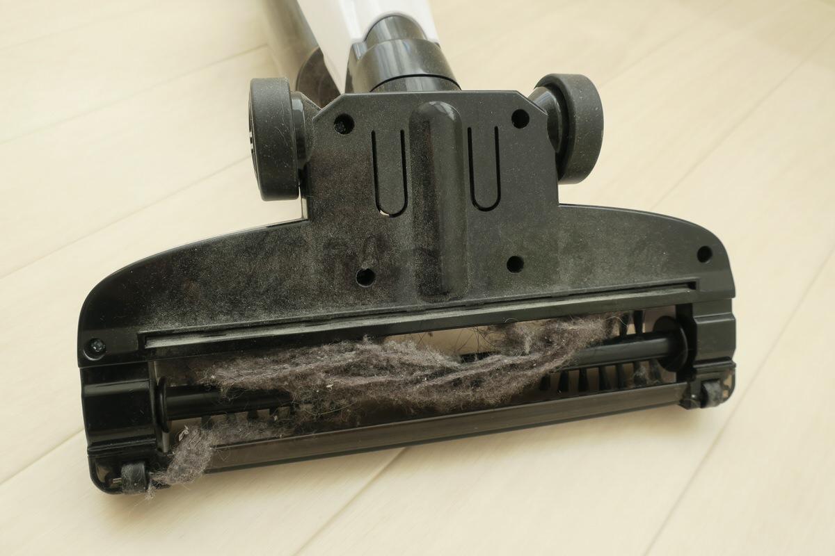 吸引力の弱いコードレス掃除機